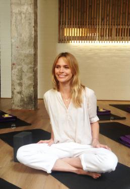 Meditación, Respiración y Flores de Bach en The Garage by Veronica Blume