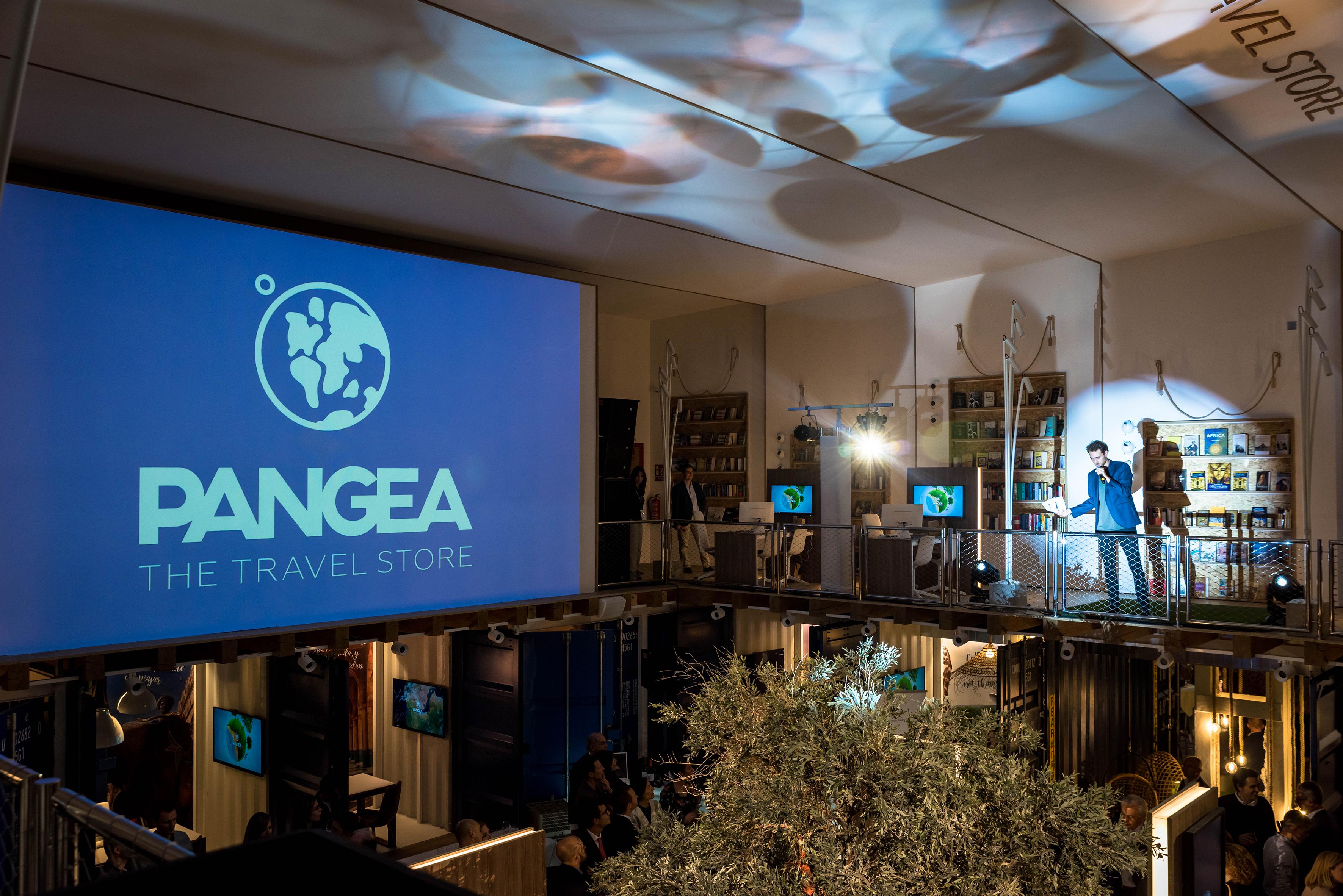PANGEA The Travel Store deslumbra en su estreno en la Ciudad Condal