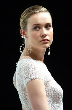 MAJORICA diseña en exclusiva las joyas de las modelos en los desfiles de  AIRE y ROSA CLARÀ