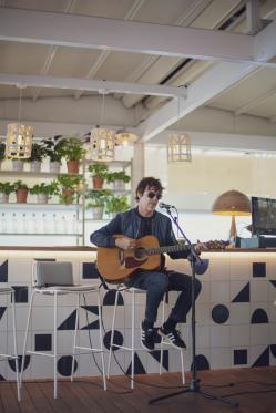 Lateral presenta una ruta de conciertos secretos en sus diferentes restaurantes de Madrid con los mejores artistas del momento