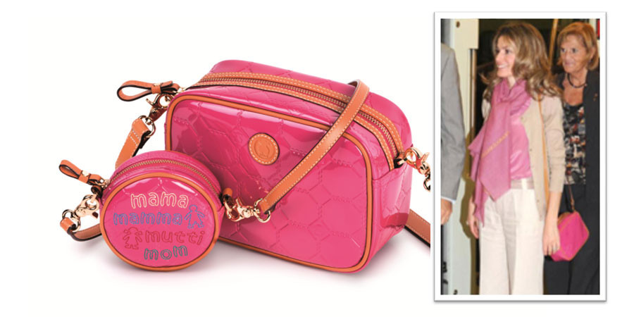 La princesa Leticia completa su estilismo con un bolso de Tous