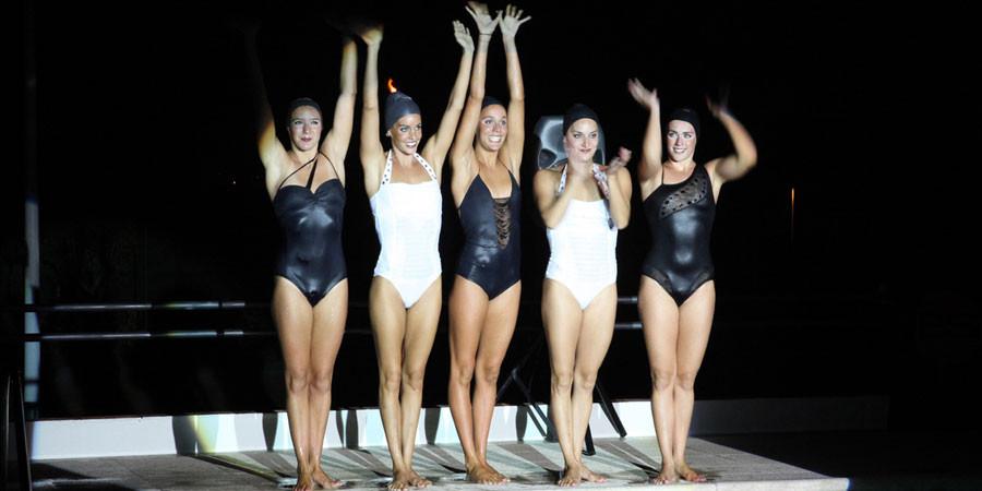 Guillermina Baeza con la natación sincronizada