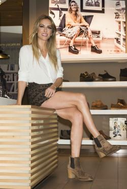 Kira Miró presenta la colección de Alpe para invierno en la madrileña tienda Yacaré